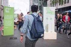 Unterwegs in der Innenstadt, Voting-Fragen in der Leipziger Innenstadt #themeninteraktion #installation #katholikentag #innehalten #unterbrechung