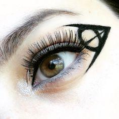 Deathly Hallows Eyeliner | katyroleigh