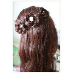 C L O S E R  L O O K 👀  #chee_styles #bridal #ネイル #ファッション #updo #weddinghair #花嫁 #美容師 #成人式 #ブライダル #プレ花嫁 #前撮り #ブライダルヘア #卒業式 #ヘアスタイル #銀座 #ヘアセット #ヘアアレンジ #bride #結婚式 #ウェディングヘア #san_official #bridehair #b3 #hairsalons #glendalesalon #dressyourface #americansalon #studiokay #vegas_nay