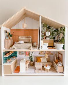 Kids Doll House, Doll House Plans, Barbie Doll House, Ikea Dollhouse, Dollhouse Supplies, Dollhouse Ideas, Dollhouse Dolls, Modern Dollhouse Furniture, Barbie Furniture