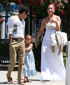 Parenting duties: The stars Jennifer Lopez and Marc Anthony seemed to have put any bitterness aside as they reunited for their children her daughter Emme and son Max J Lo Fashion, Look Fashion, Fashion Outfits, Cute Celebrities, Celebs, Celebrity Couples, Celebrity Style, Jen Lopez, Jennifer Lopez Photos