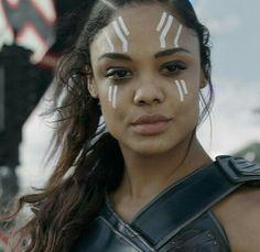 """Tessa Thompson as Valkyrie in """"Thor: Ragnorok"""" Marvel Universe, Marvel E Dc, Marvel Women, Marvel Girls, Marvel Avengers, Marvel Females, Marvel Room, Marvel Movie Characters, Marvel Movie Posters"""