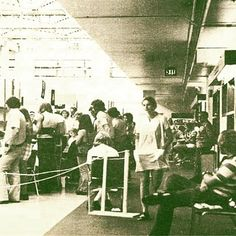 This weeks #SheridanTBT shows you what the Learning Commons looked like in 1972 #ThenAndNow #TBT