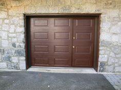 garage door with door Montreal, Garage Doors, Photography Studios, Outdoor Decor, House, Decor Ideas, Mom, Carriage House, Houses