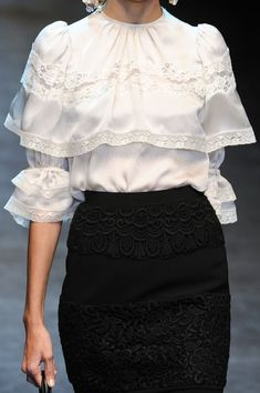 ❤The shirt... With a pair of jeans and tall boots, shirt un-tucked with a silver drape belt... Awesome!