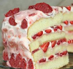 Mawma June's Strawberry Cake