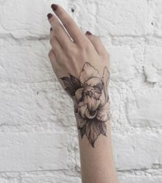 Tattoos hand