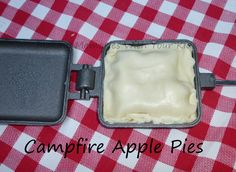 campfire apple pies…need to buy these pie irons ASAP! Mountain Pie Maker, Mountain Pie Recipes, Mountain Pies, Campfire Pies, Campfire Fun, Campfire Desserts, Backpacking Food, Camping And Hiking, Camping Meals