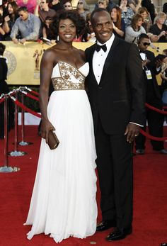 Viola Davis and Julius Tennon.  Ms. Davis won a SAG Award tonight in the Best Actress category.  I couldn't decide whether to put this in Fashion/Style/Color, because I really do like her style, but I decided she belongs in People I Admire, because she has said some really intelligent things about African-American and older actresses in Hollywood.  Way to go, Ms. Davis!