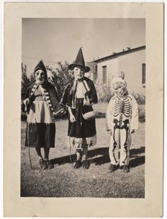 The Official Grateful Web Blog!: Lonesome Liz's Creepy Vintage Halloween Photo Gallery