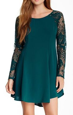 ASTR | Lace Shift Dress I usually hate lace but like this for some reason.