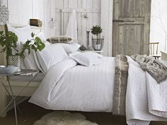 Cosy white and grey bedroom | The Relaxed Home
