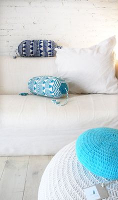 Pillow Crochet Marrakech    blue por lacasadecoto en Etsy, €26.00