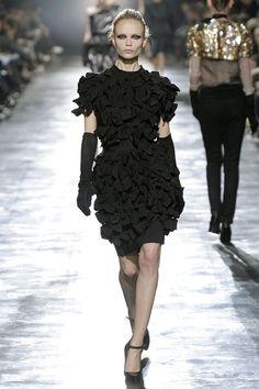 La petite robe noire, icône du style Lanvin par Alber Elbaz   Vogue