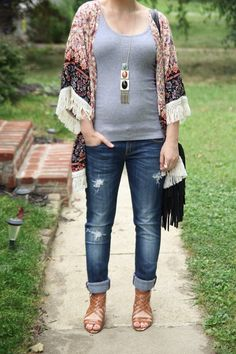 Thrift and Shout Thrift and Shout blog, boho, Romwe,, cute outfit of the day, maternity, pregnancy, dressing the bump, 22 weeks, fashion, style, Target heels, red hair, asymmetrical haircut, Jane Iredale makeup, short hair, petite, dress, Forever 21 necklace, fringe, kimono, Vigoss boyfriend jeans