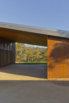Crackenback Stables / Casey Brown Architecture