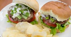 Hamburgers can be cooked many different ways, including on the stove or grill and in the oven. The oven-cooked hamburger also tend to be juicer and more tender because the oven allows heat to be evenly distributed. The most common types of beef used for hamburgers are ground chuck and ground sirloin. Both types of meat can be bought from your local...