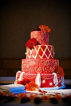 This radiant red wedding cake is perfect for red-themed weddings, with its red roses topper and red fondant bow tying up the 2nd tier. Description from pinterest.com. I searched for this on bing.com/images