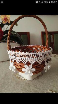 Crochet Tablecloth Pattern, Crochet Art, Doily Patterns, Wicker Baskets, Doilies, Decorative Bowls, Diy, Home Decor, Decorations