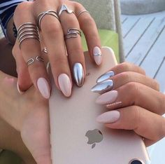 Nail art Christmas - the festive spirit on the nails. Over 70 creative ideas and tutorials - My Nails White Nails, Pink Nails, Glitter Nails, Print No Instagram, Nail Manicure, Nail Polish, Manicure Images, Gel Nail, Hair And Nails