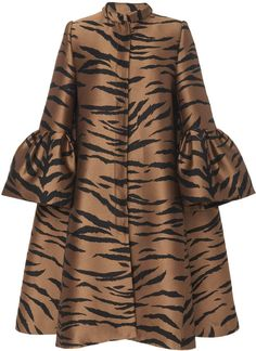 -- Carolina Herrera - Trumpet Sleeve Tiger Jacquard Opera Coat - Womens - Brown Multi -- only always Latest African Fashion Dresses, African Dresses For Women, African Print Fashion, African Wear, Blusas Carolina Herrera, Hijab Fashion, Fashion Outfits, Opera Coat, Poncho
