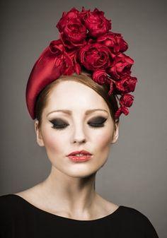 Millinery [Rachel Trevor Morgan, A/W 2013 - Red silk taffeta headpiece with hand made roses. Rachel Trevor Morgan, Sombreros Fascinator, Fascinators, Headpieces, Red Hat Society, Crazy Hats, Church Hats, Kentucky Derby Hats, Fancy Hats
