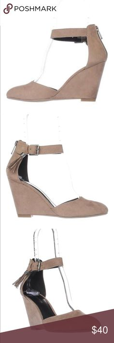 "Indigo rd. Wedge Description: Indigo Rd. Womens Earli Closed Toe Ankle Strap Wedge Pumps, Tan, Size 6.5   Features: Style: Wedge Closure Type: Buckle Heel Height: 4 Heel Type: Wedge Heel Type: Wedge Product Attributes: Apparel Material : Blend Occasion : Casual Color Class : Tan Footwear Heel/Lift Height : 3""- 4"" Footwear Style : Platform Footwear Toe Shape : Closed Toe Footwear Type : Pumps Indigo rd Shoes Wedges"