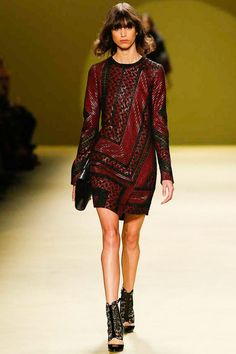 J. Mendel Fall 2014 RTW - Runway Photos - Fashion Week - Runway, Fashion Shows and Collections - Vogue