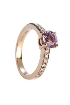 30 Coloured-Stone Engagement Rings - sapphire, ruby, emerald & more | Stylist