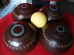 Set of 4 brown thomas #taylor size 4 m #gripped lawn or indoor #bowls with jack,  View more on the LINK: http://www.zeppy.io/product/gb/2/162233087726/