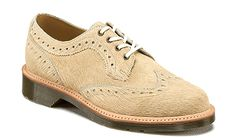 Martens Women's Beverley Brogue Oxfords ** Tried it! Click the image. Dr. Martens, Women Oxford Shoes, Brogues, Dress Shoes, Lace Up, Beige, Stuff To Buy, Link, Therapy