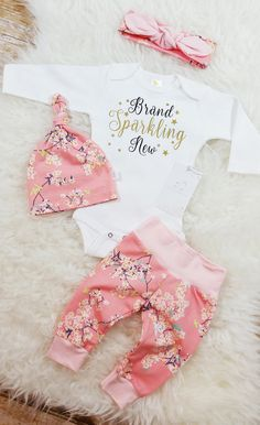 Take Home Outfit For Baby Girl Gallery brand sparkling new ba girl coming home Take Home Outfit For Baby Girl. Here is Take Home Outfit For Baby Girl Gallery for you. Take Home Outfit For Baby Girl newborn infant ba girl personal. New Baby Girls, Cute Baby Girl, Baby Girl Newborn, Baby Love, Pretty Baby, Newborn Baby Gifts, Baby Gap, Baby Outfits, Newborn Outfits