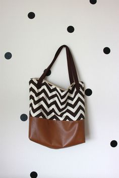 DIY: leather bottom tote