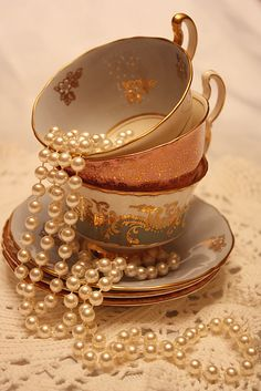 Fancy Tea Time and Pearls Pearl Tea, Pearl And Lace, Gold Aesthetic, Classy Aesthetic, Photowall Ideas, Princess Aesthetic, Wall Collage, Tea Time, Tea Cups