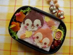 Chip and Dale 	 crepe  bento