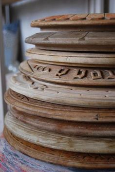 European round, and often carved on the outer edges, bread boards.