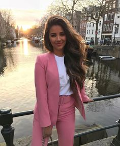 30 trendy outfits for the spring - Outfits for Work Trajes Business Casual, Business Casual Outfits, Professional Outfits, Business Attire, Office Outfits, Classy Outfits, Young Professional, Business Professional, Office Wear