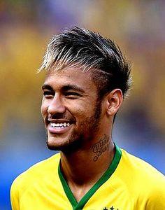 Neymar - World Cup 2014 football :) Neymar Football, Neymar Jr, Good Soccer Players, Football Players, Fc Barcelona Neymar, Neymar Brazil, Ronaldo Real Madrid, Alex Morgan Soccer, Soccer Girl Problems