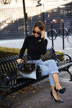 17 Simple Denim Outfits You Can Copy Now - Office Outfits Mode Outfits, Office Outfits, Winter Outfits, Winter Clothes, Fashion Outfits, Fashion Heels, Summer Outfits, Simple Office Outfit, Outfit Work