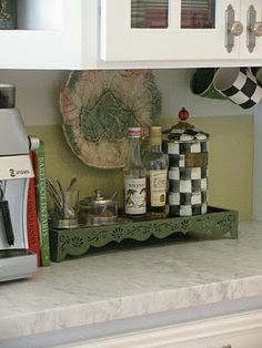 Do you have a coffee station on your #countertop? What a great idea. #kitchen