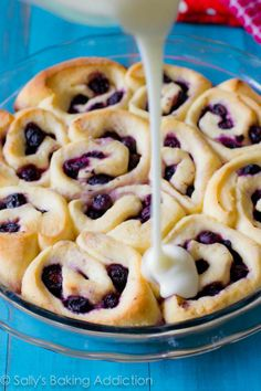 Crescent rolls with blueberries