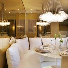 MAC_COMOLATTI 42m²: Salas de jantar minimalistas por Chris Silveira & Arquitetos Associados