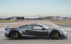 Hennessey Venom GT The Fastest Production Car In The World-Move over Bugatti! The Hennessey Venom GT triumphs the Bugatti Veyron to become the fastest production car for sale hitting a record top speed of mph. Hennessey Venom Gt, Most Expensive Car, Car In The World, Bugatti Veyron, Sexy Cars, Fast Cars, Car Ins, Concept Cars, Cars For Sale