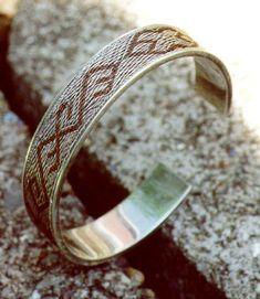 Tablet Weaving by Lise Ræder Knudsen - Silver bracelet