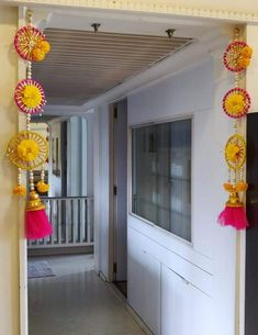 Festival Diwali Decoration Items, Thali Decoration Ideas, Diwali Decorations At Home, Door Hanging Decorations, House Party Decorations, Festival Decorations, Handmade Decorations, Diwali Craft, Diwali Diy
