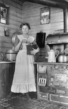 Saskatchewan - Typical farm kitchen among Scandinavian-American settlers who came to Marchwell district early in century.c 1906.