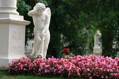Mozart's grave in Vienna's central cemetary Parks, Cemetery, Photo S, Trip Advisor, Garden Sculpture, Activities, Outdoor Decor, Vienna Austria, Third