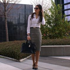 Chic Professional Woman Work Outfit. 25 Outfit Ideas For Formal Occasions | Women Work Outfits