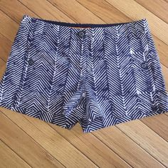 """Tory Burch Shorts Navy blue and white print Tory Burch shorts. Size 2, 2 1/2"""" inseam. Had a tailor reinforce hem. Tory Burch Shorts"""