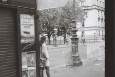 On the corner - paris trip edition -   #paris #35mmanalog #analog #35mm #35mmfilm #filmphotography #france